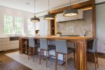 adding-texture-in-kitchen-design